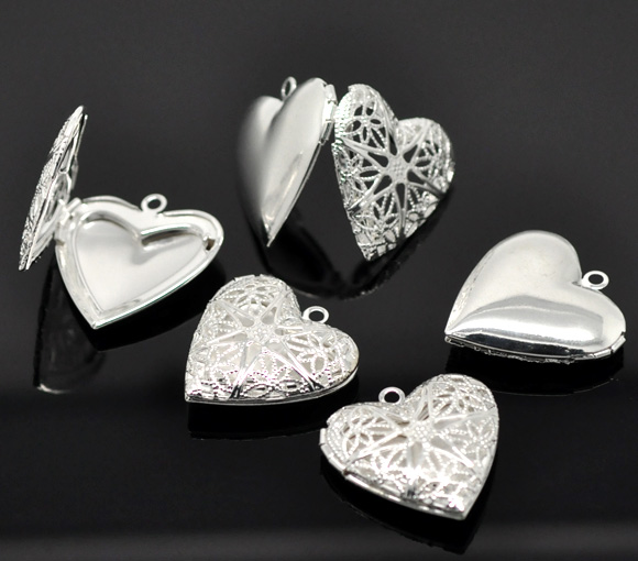 2 silver plated heart shape picture photo frame locket pendants 2 silver plated heart shape picture photo frame locket pendants 26x26mm mozeypictures Images